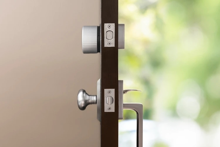 august wifi smart lock-1 pic4